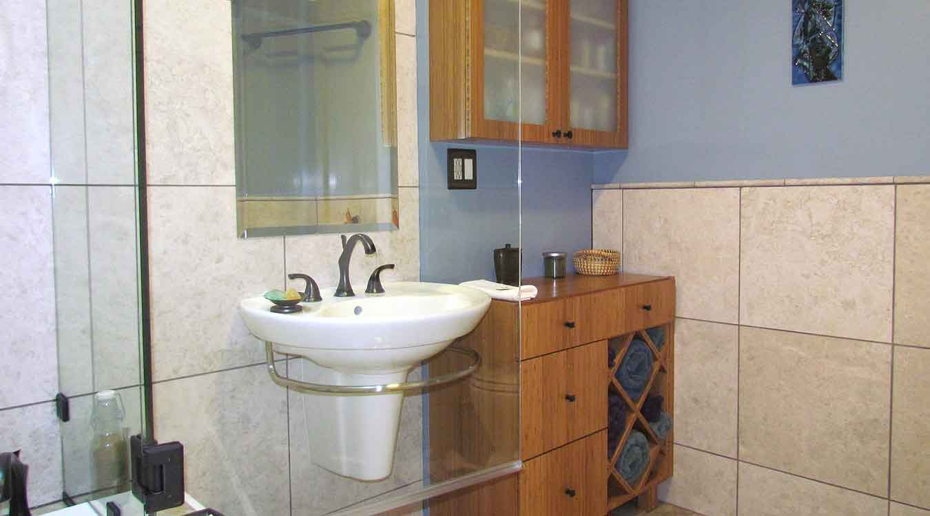Photo galleries project portfolio handyworks of for Bathroom remodel 94112